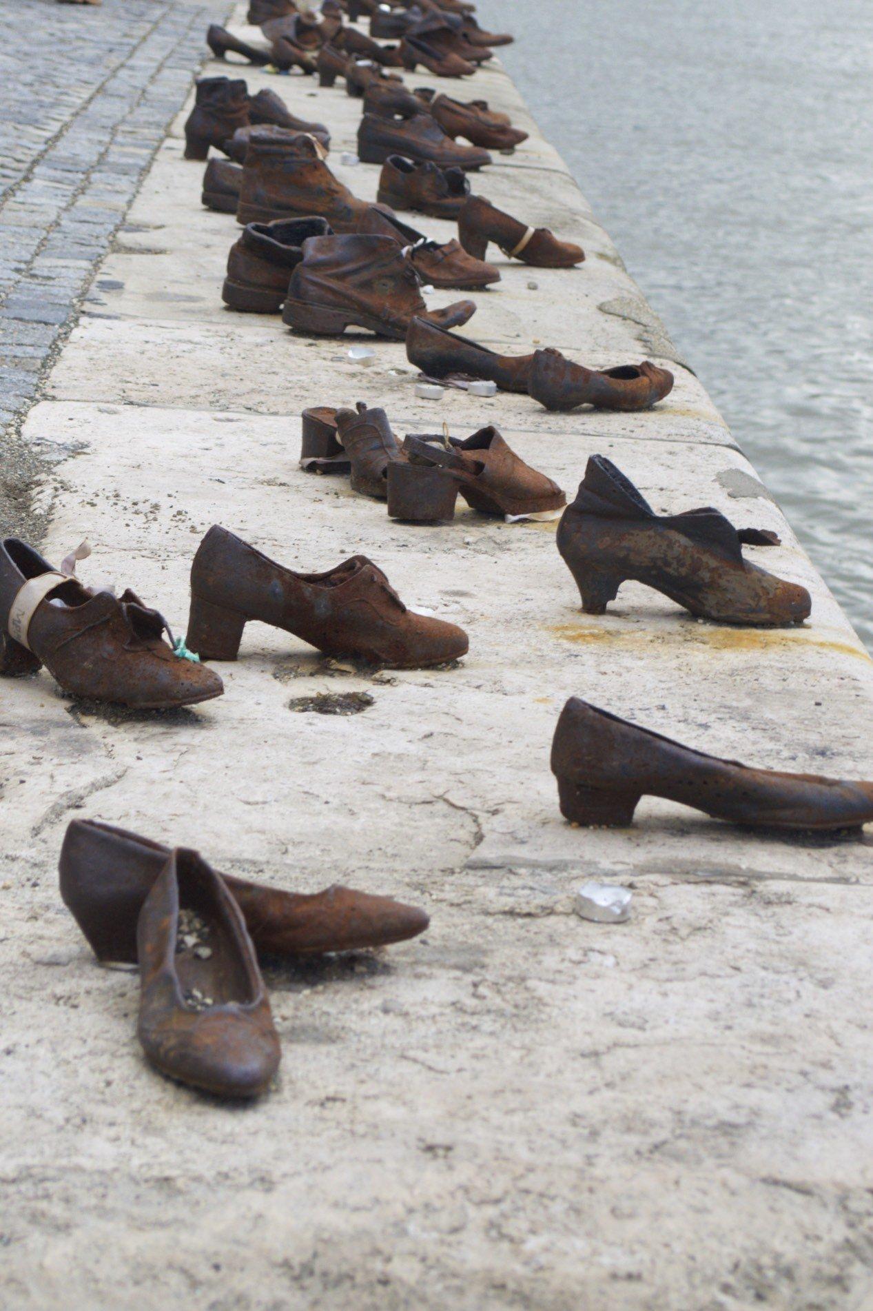 Mahnmal Schuhe am Donauufer Budapest
