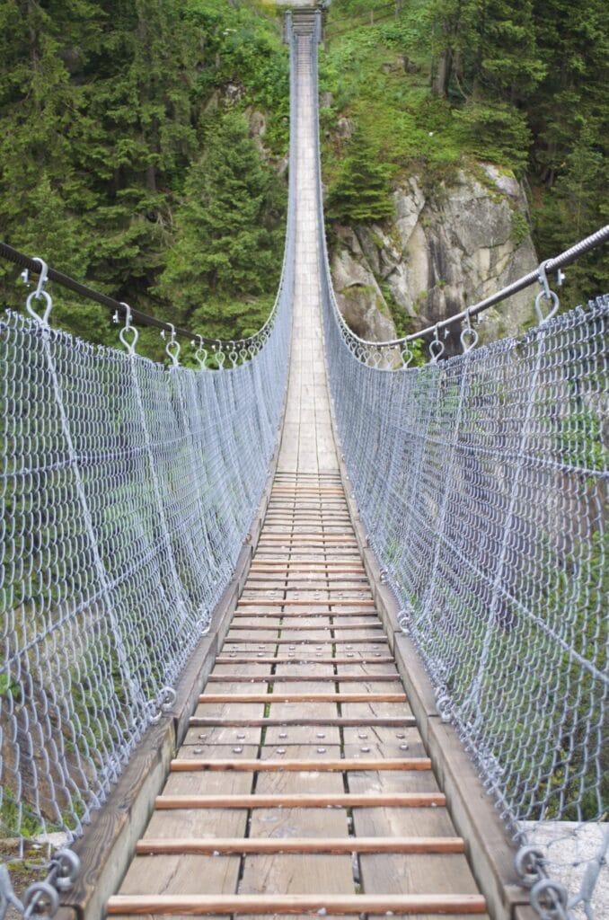 Handeckfallbrücke bei der Gelmerbahn