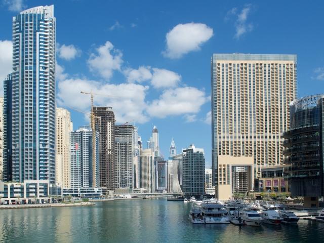 Kanäle in der Marina Dubai