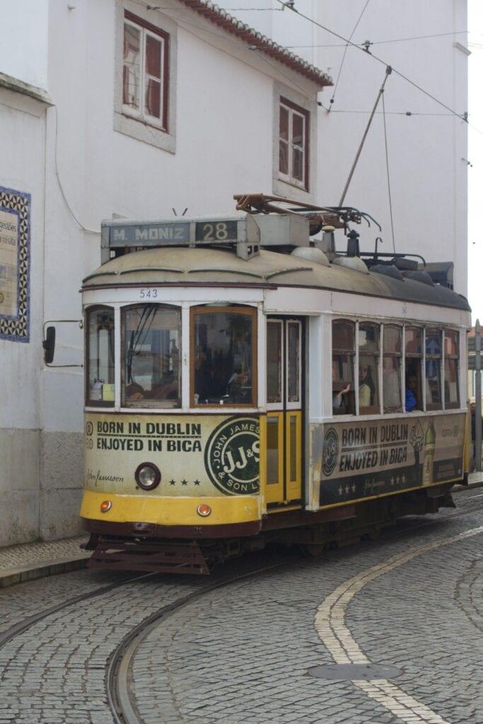 Tram Nr. 28 in Lissabon
