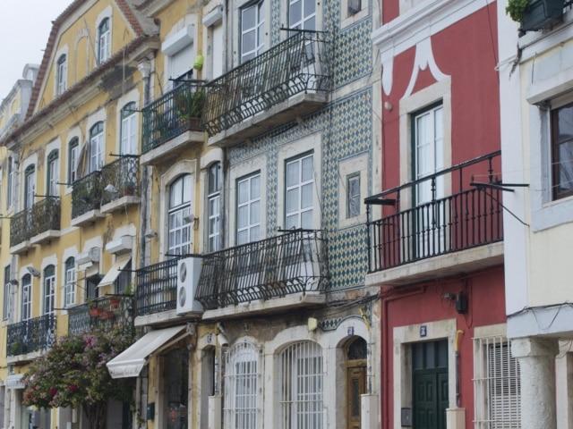 Häuserfassaden in Belém Lissabon