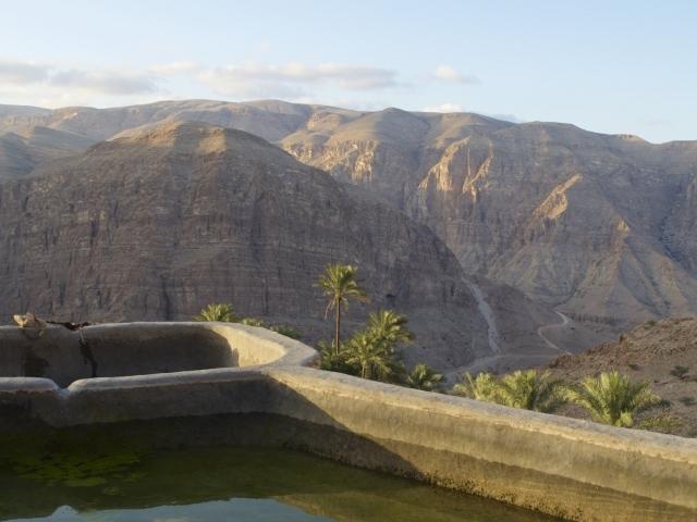 Wasserbecken im Wadi Tiwi Oman