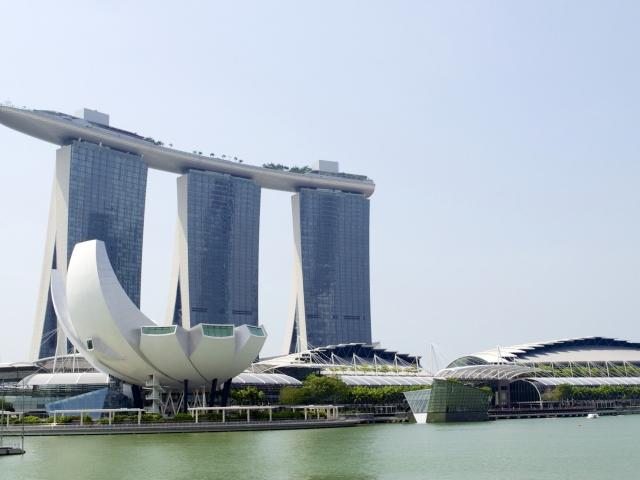 Marina Bay Sands mit Science Museum Singapur