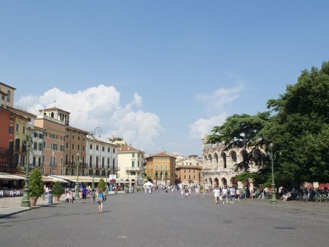 Piazza Bra mit Arena die Verona