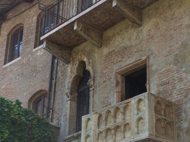 Casa de Giulietta mit dem berühmten Balkon in Verona