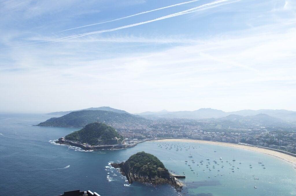 Playa da la Concha und Santa Clara vom Igueldo aus