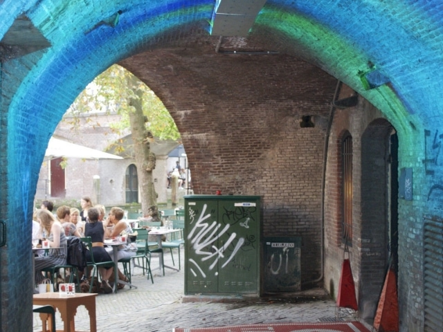 Tunnel unter dem ehemaligen Kaufhaus Winkel van Sinkel