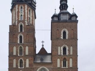 Türme der Marienkirche in Krakau