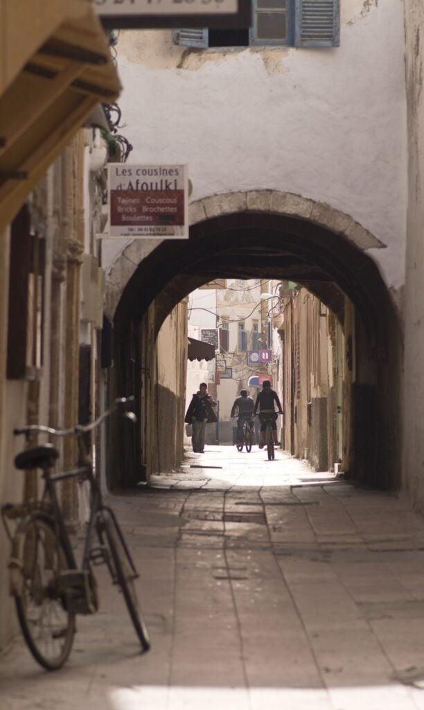 Tunnel und Gassen in der Medina von Essaouira