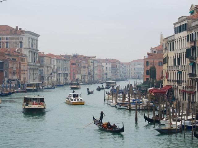 Karneval in Venedig Rialtobrücke und Canale Grande