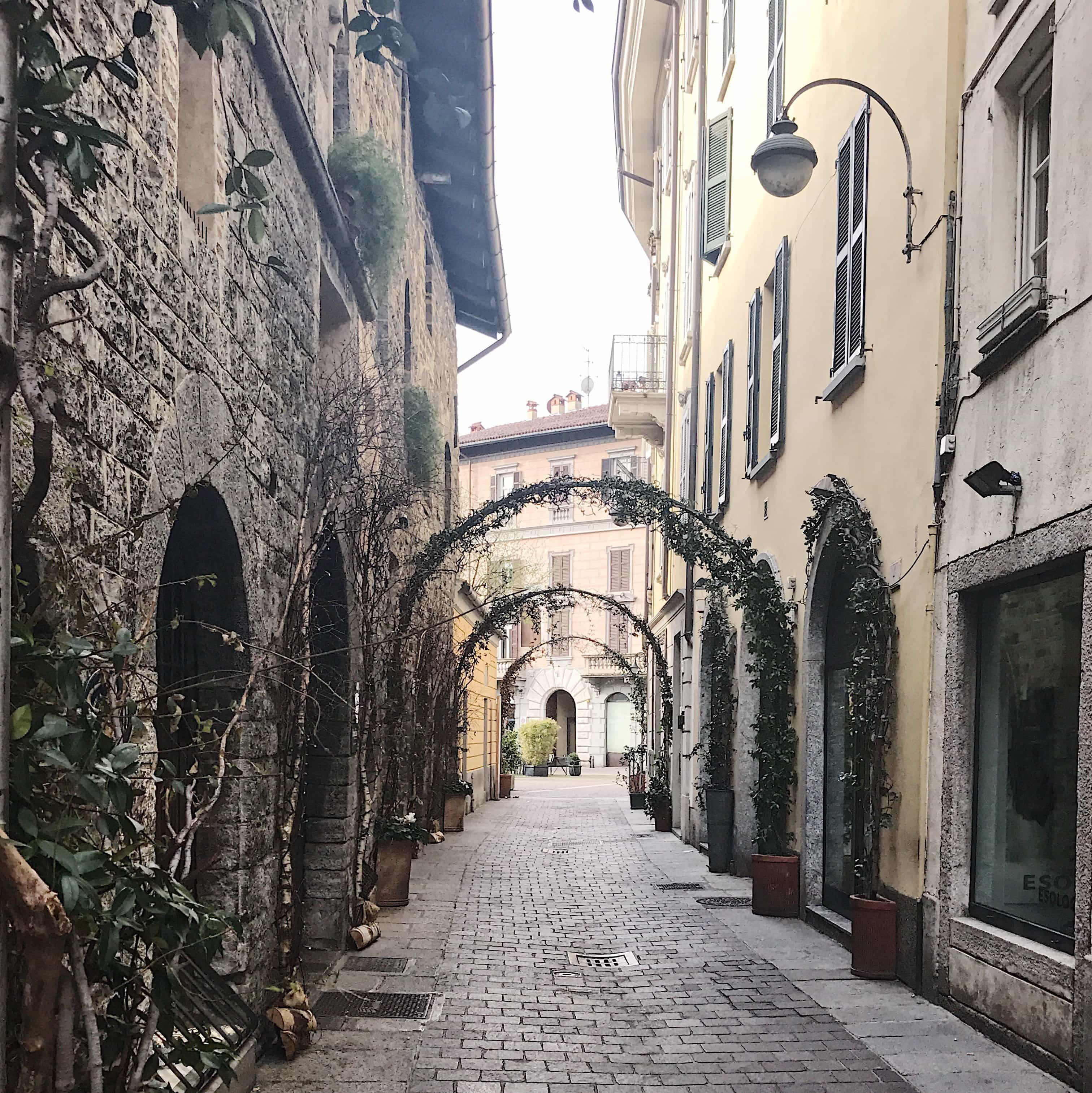 Altstadt Como Laubengang