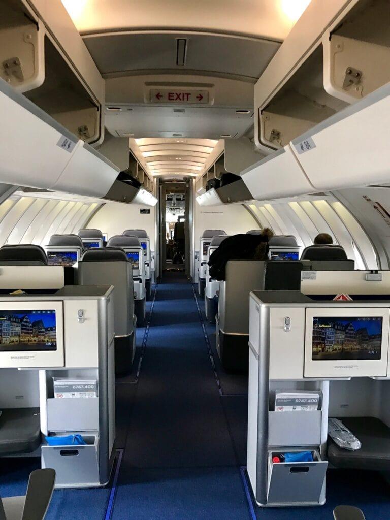 Kabine Business Class Lufthansa Boing 747-400 Oberdeck