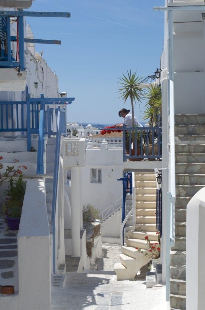 Mykonos: hinunter zum alten Hafen