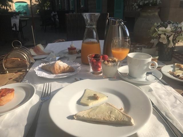 Frühstück in der Finca Cas Sant Mallorca