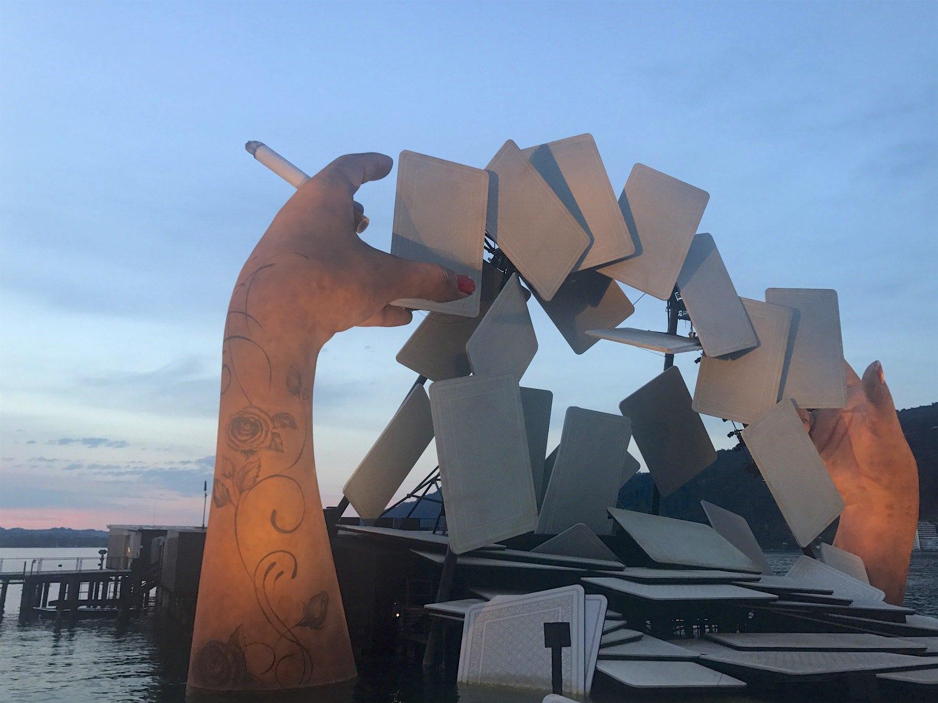 Bregenzer Festspiele Bühnenbild Carmen bei Sonneuntergang