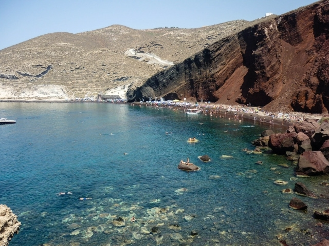 Red Beach auf Santorin