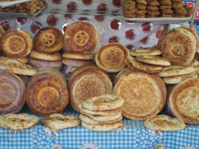 Brot am Markt in Kirgisistan