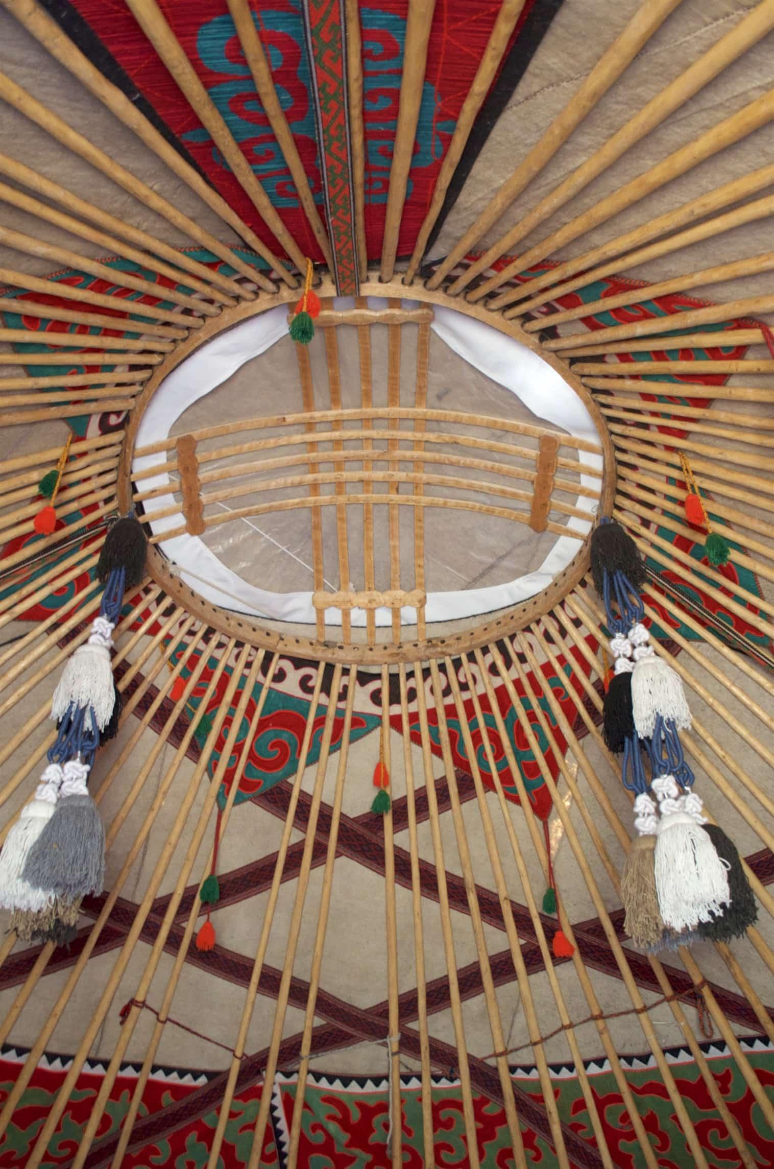 Tunduk, die Dachöffnung der Jurte