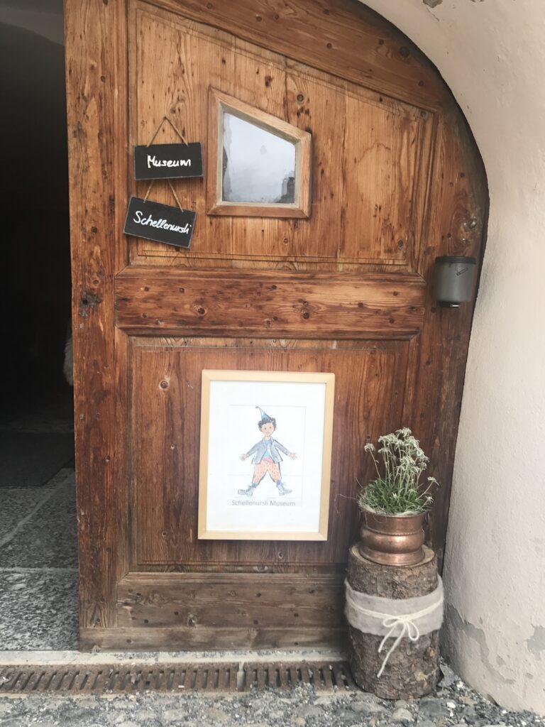 das Schellenursli-Museum beim Hotel Meisser