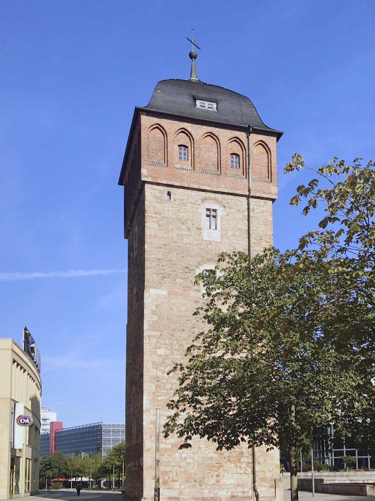 Der Rote Turm, eines der ältesten Bauwerke in Chemnitz