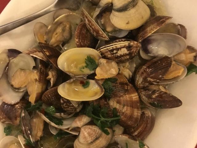 Vongole in der Trattoria La Campagnola (Best of Naples Foodtour)