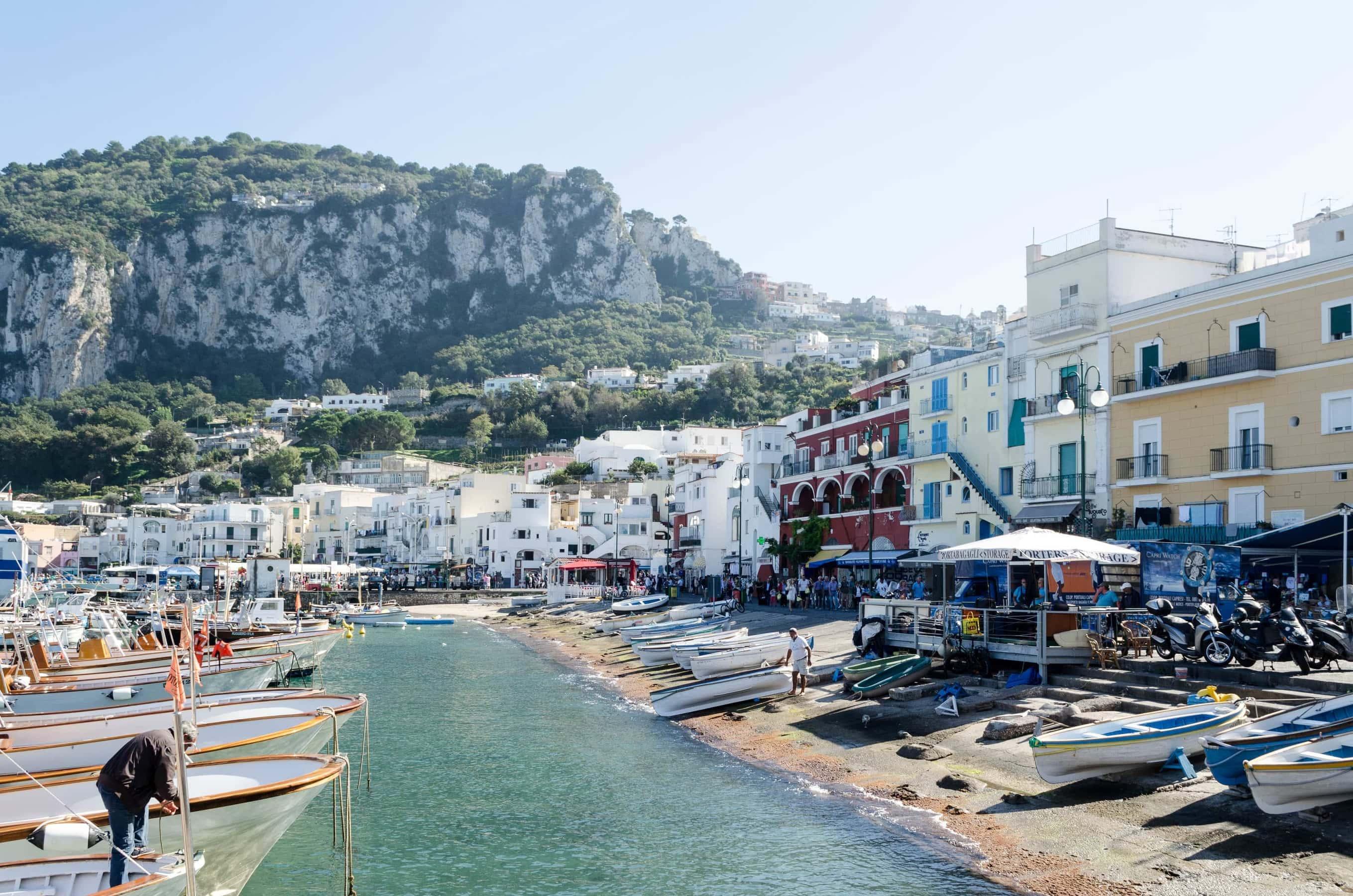 Hafen von Capri