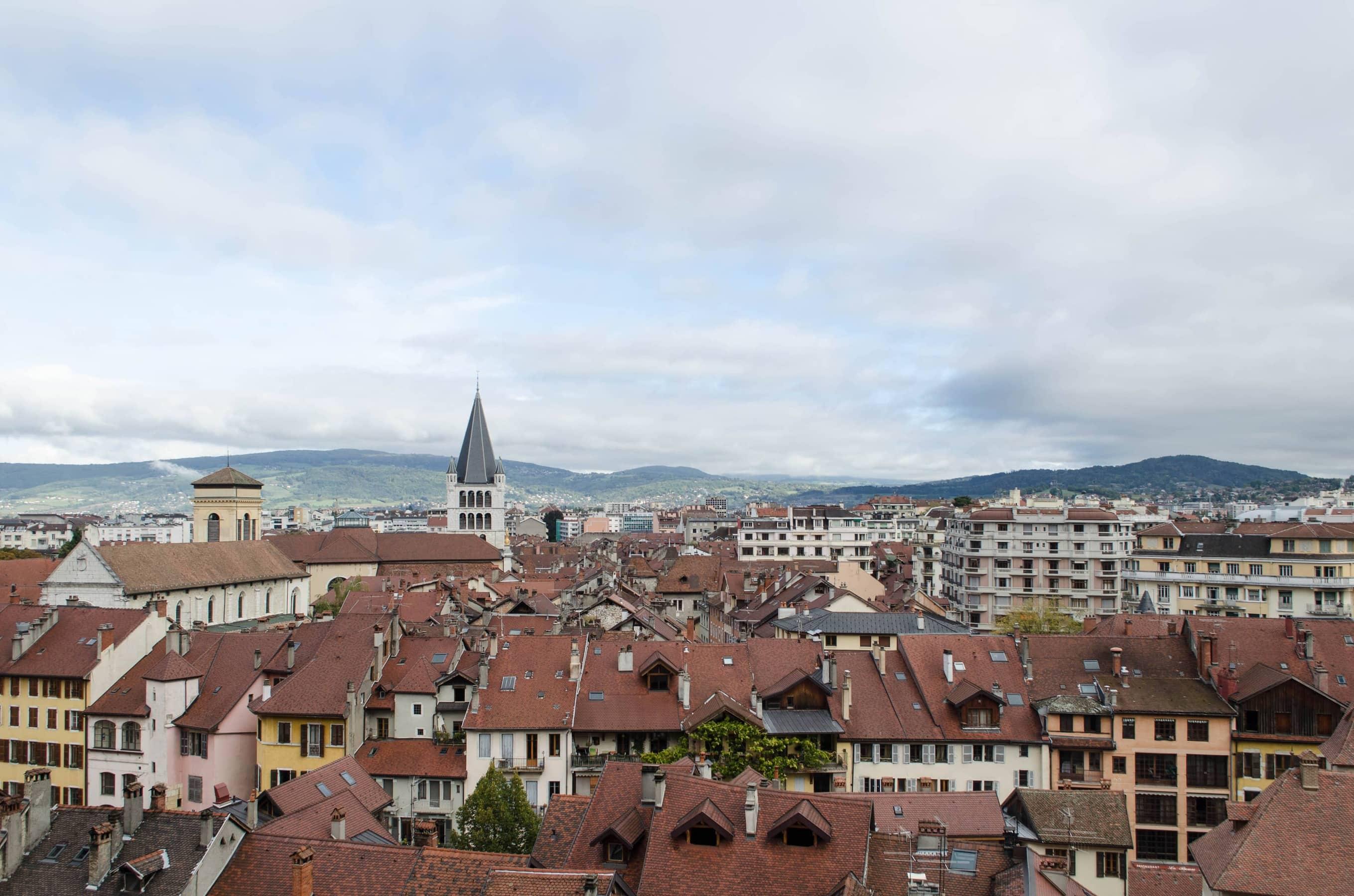 Altstadt von Annecy vom Schloss aus gesehen