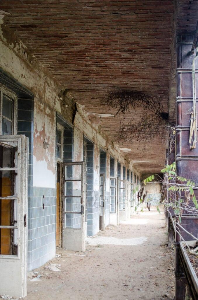 Liegeterrasse in der Alten Chirurgie der Beelitz-Heilstätten