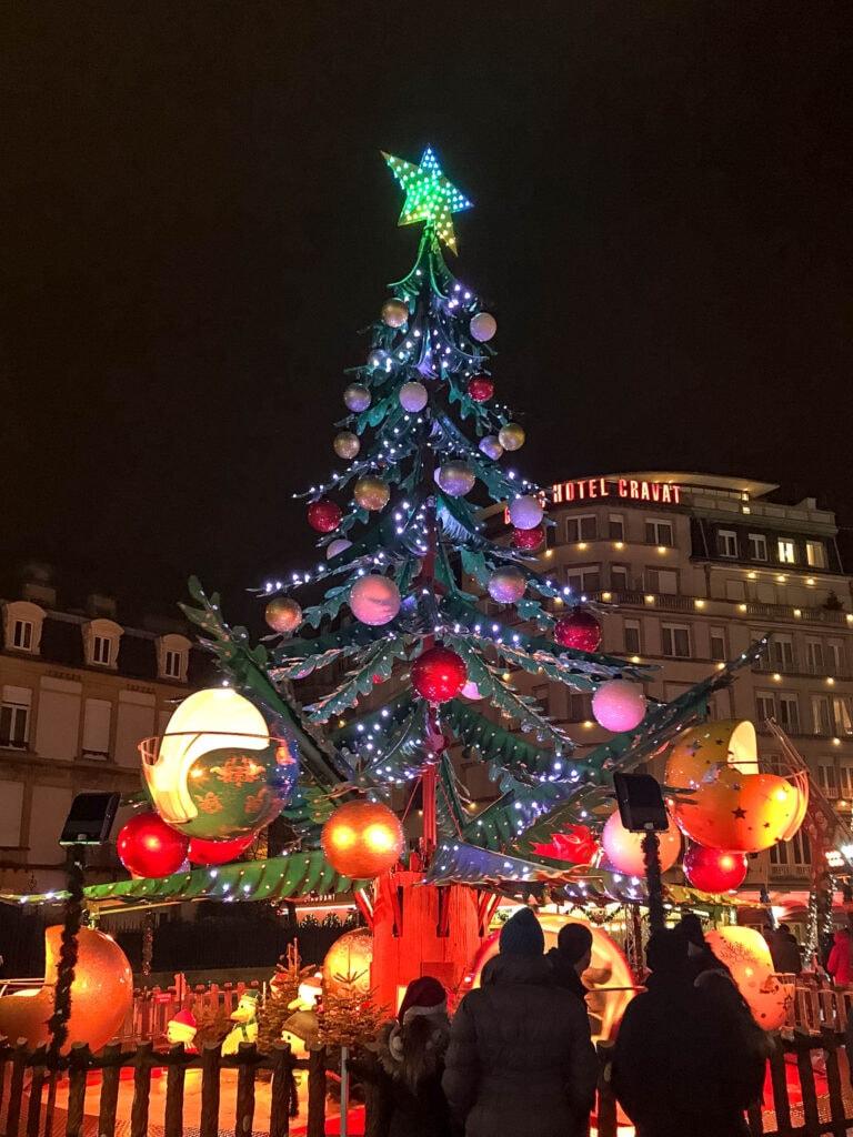 Luxemburg Weihnachtsmarkt Place de la Constitution