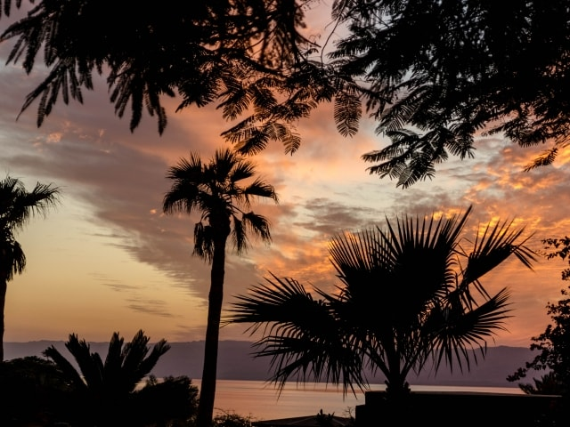 Sonnenuntergang am Toten Meer in Jordanien