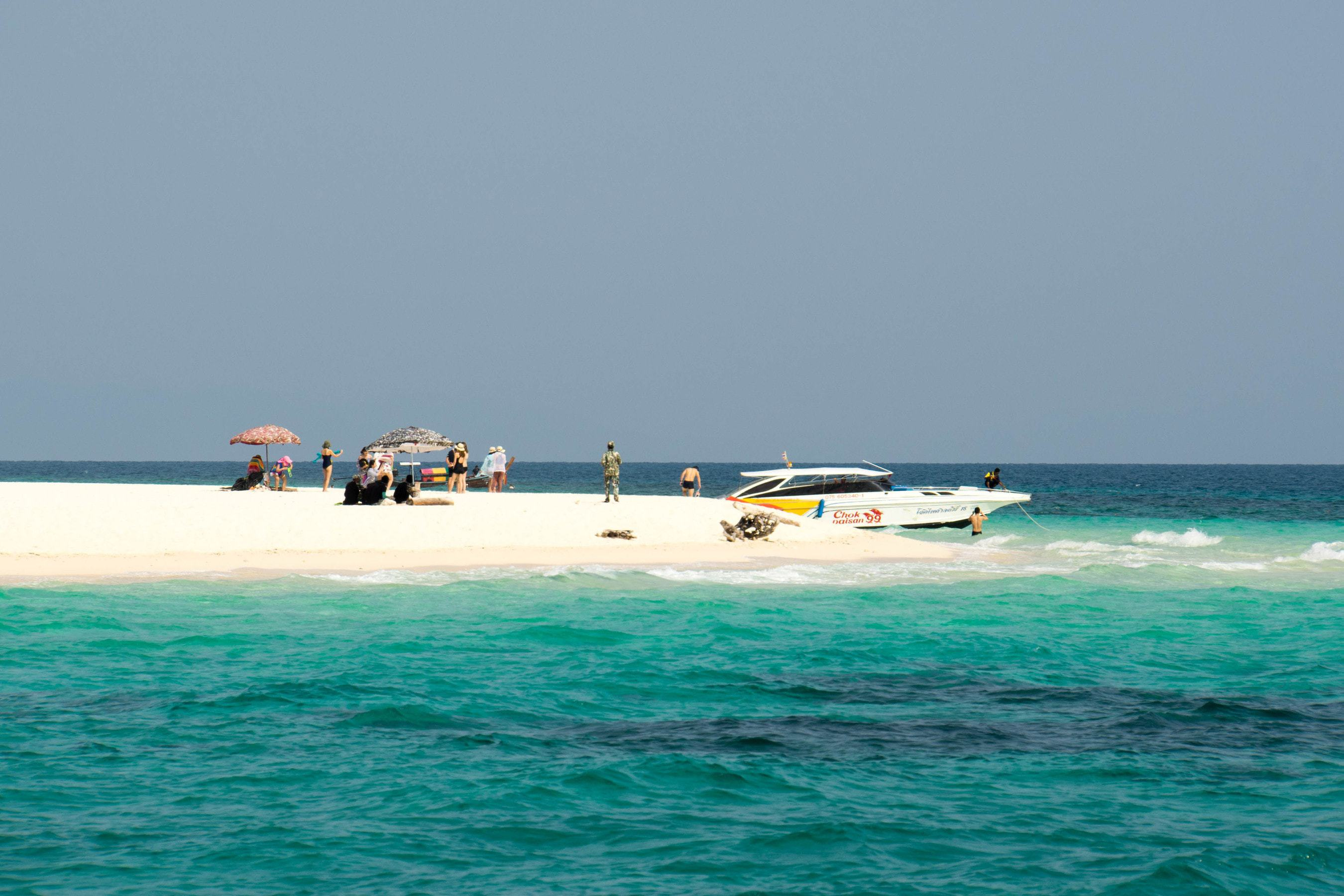 Bamboo Beach auf Bamboo Island (Segeln in Thailand)