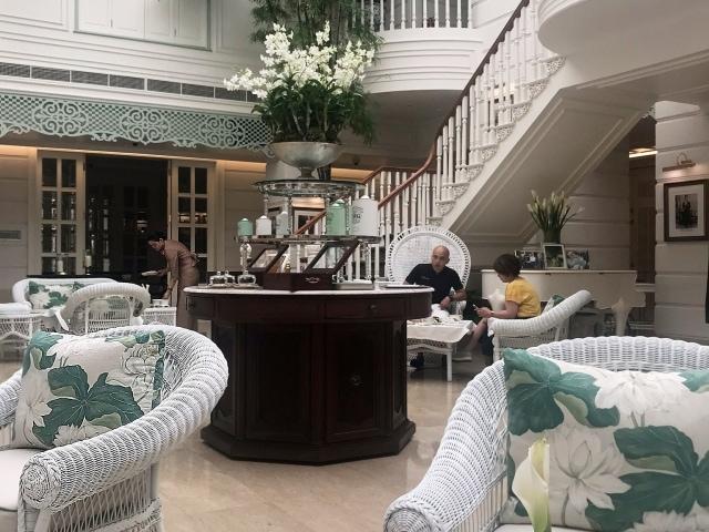 Afternoon Tea in der Author's Lounge im Mandarin Oriental