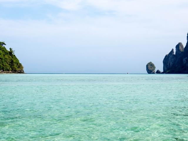 Bucht auf Ko Phi Phi (Segeln in Thailand)