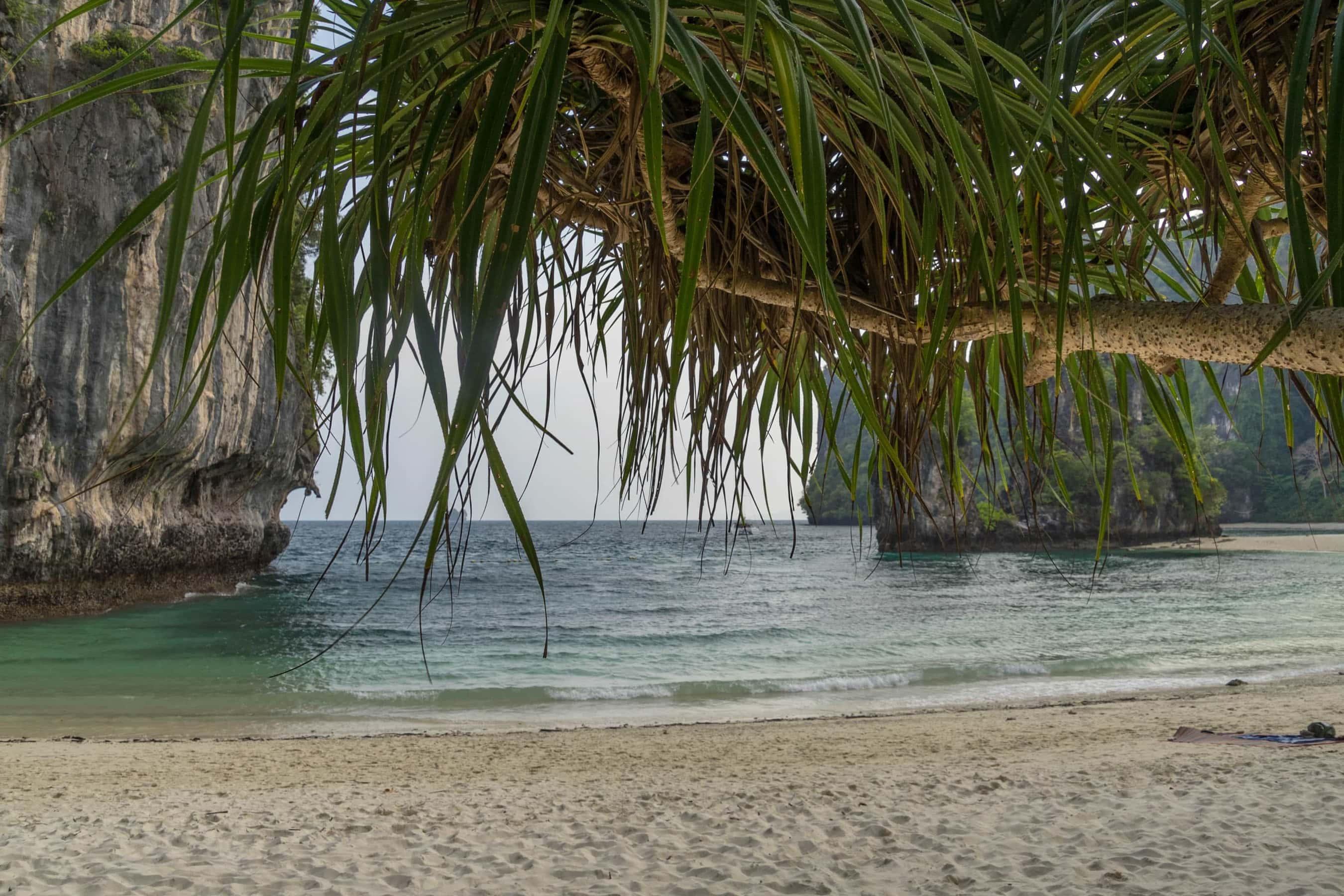 Strand von Ko Hong (Segeln in Thailand)