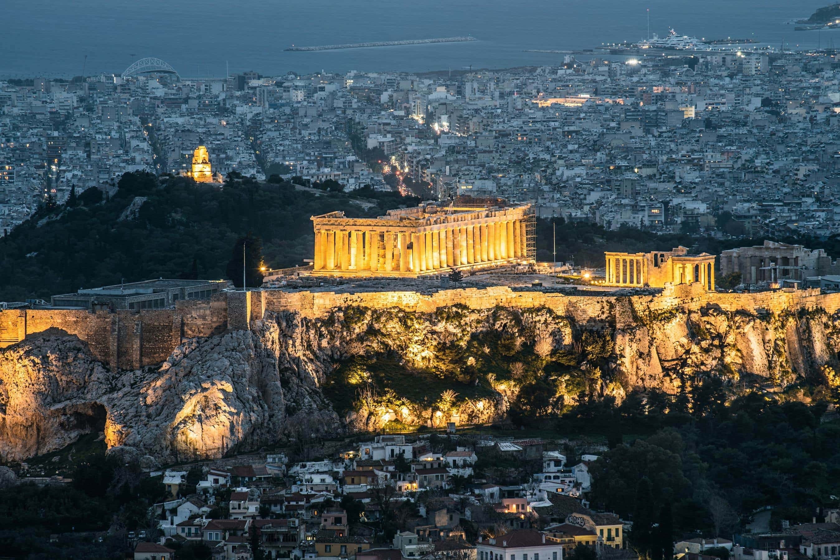 Akropolis bei Nacht