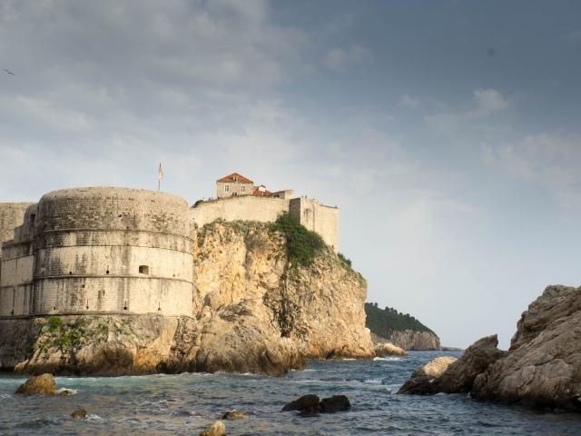 Treffpunkt und Übergabe der Rucksäcke Piknik Dubrovnik