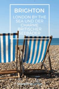 Brighton, London by the Sea, Liegestühle am Strand