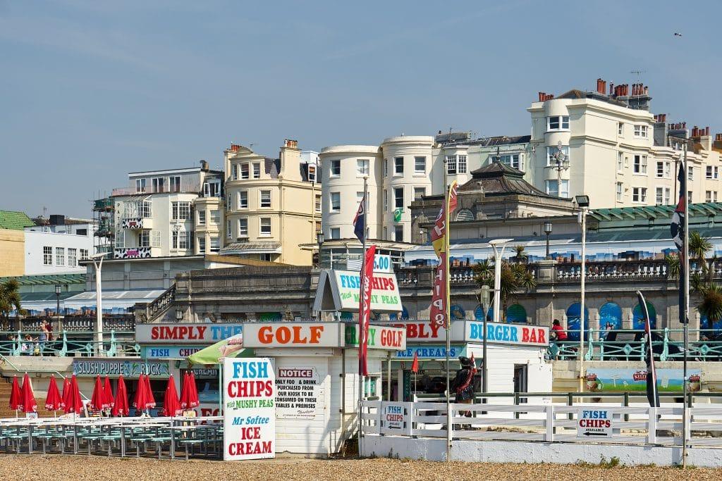 Imbissbuden am Strand von Brighton
