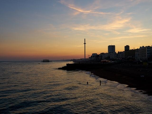 Sonnenuntergang am Brighton Palace Pier