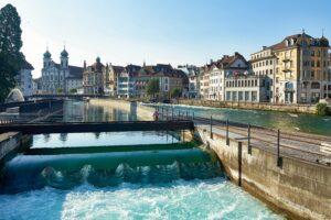 Reusswehr in Luzern