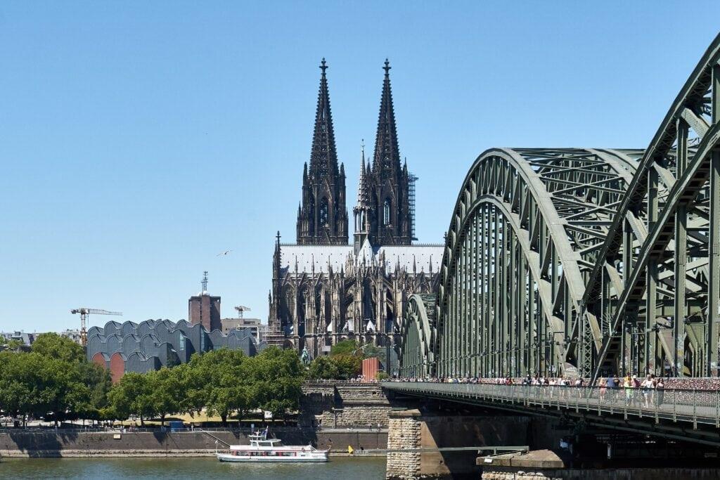 Dom und Hohenzollernbrücke in Köln