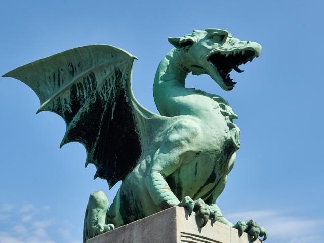 Drachen auf der Drachenbrücke in Ljubljana