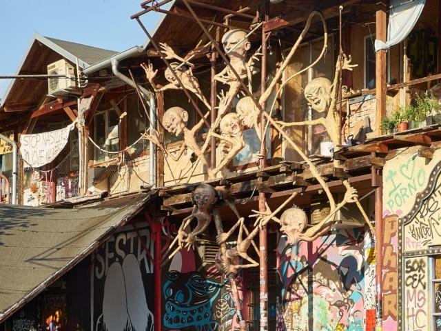 Fassade in Metelkova
