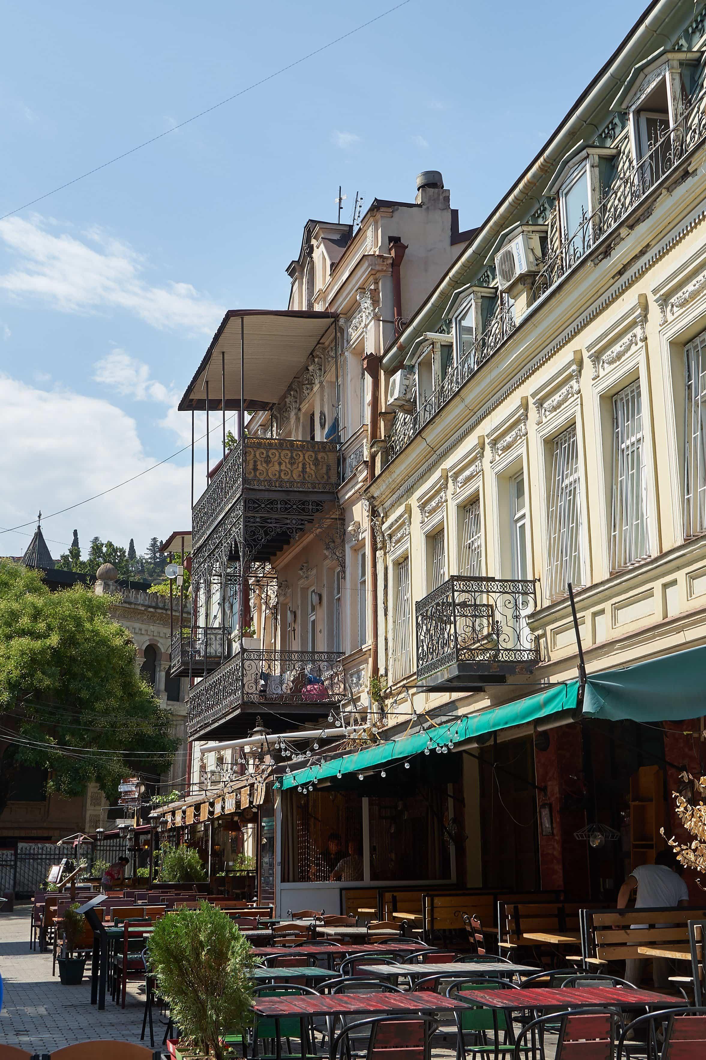 Fassaden in der Ioane Shavteli Straße