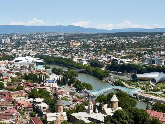 Blick auf Tbilisi von der Narikala Festung