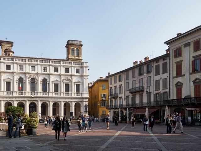 Pazza Vecchia in Bergamo
