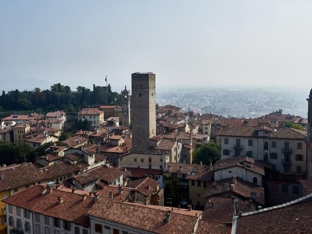 Ausblick vom Campanone über die Città Alta Bergamo