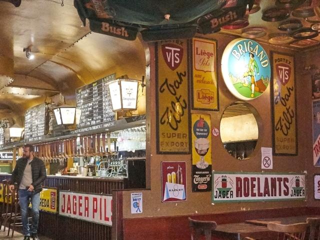 Bierkeller Delierium, 2700 Biersorten