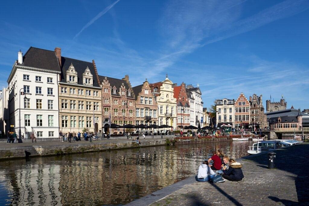 linkes Ufer der Leie in Gent
