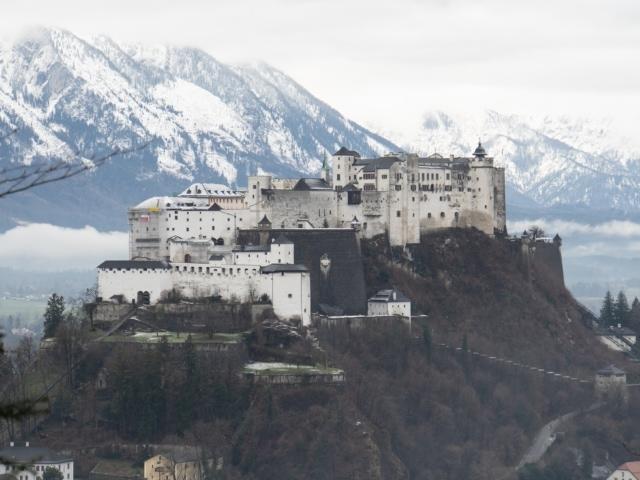 Festung vom Kapuzinerberg aus gesehen